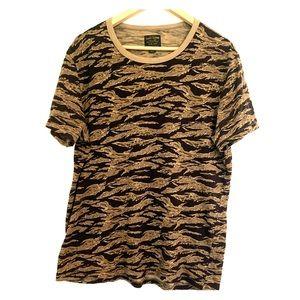 Lucky Brand | T-Shirt | Digitalized Camo | Medium